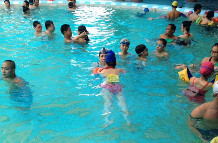 Khóa học bơi lội tại trung tâm dạy bơi CT-Sport