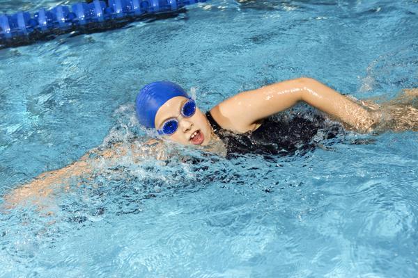 lợi ích của bơi lội với cơ thể