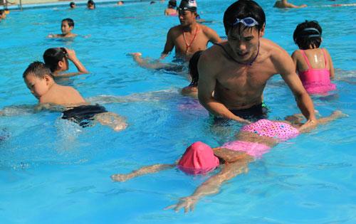 Cách học bơi ếch 3