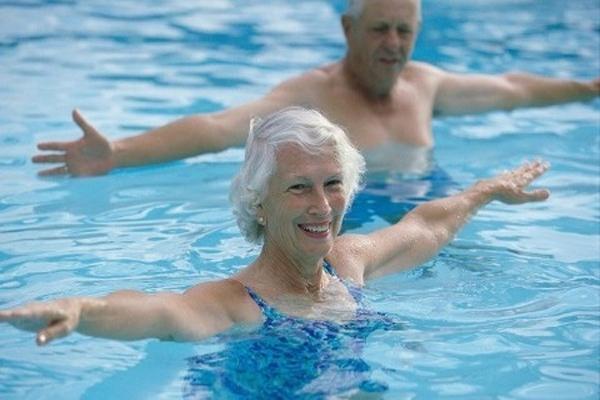 Cần chú ý gì khi bơi lội