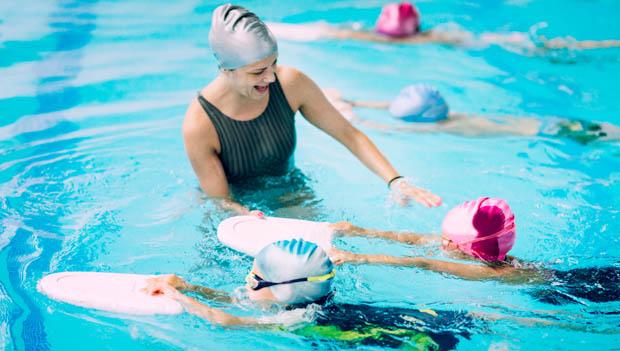 khóa học dậy bơi trẻ em