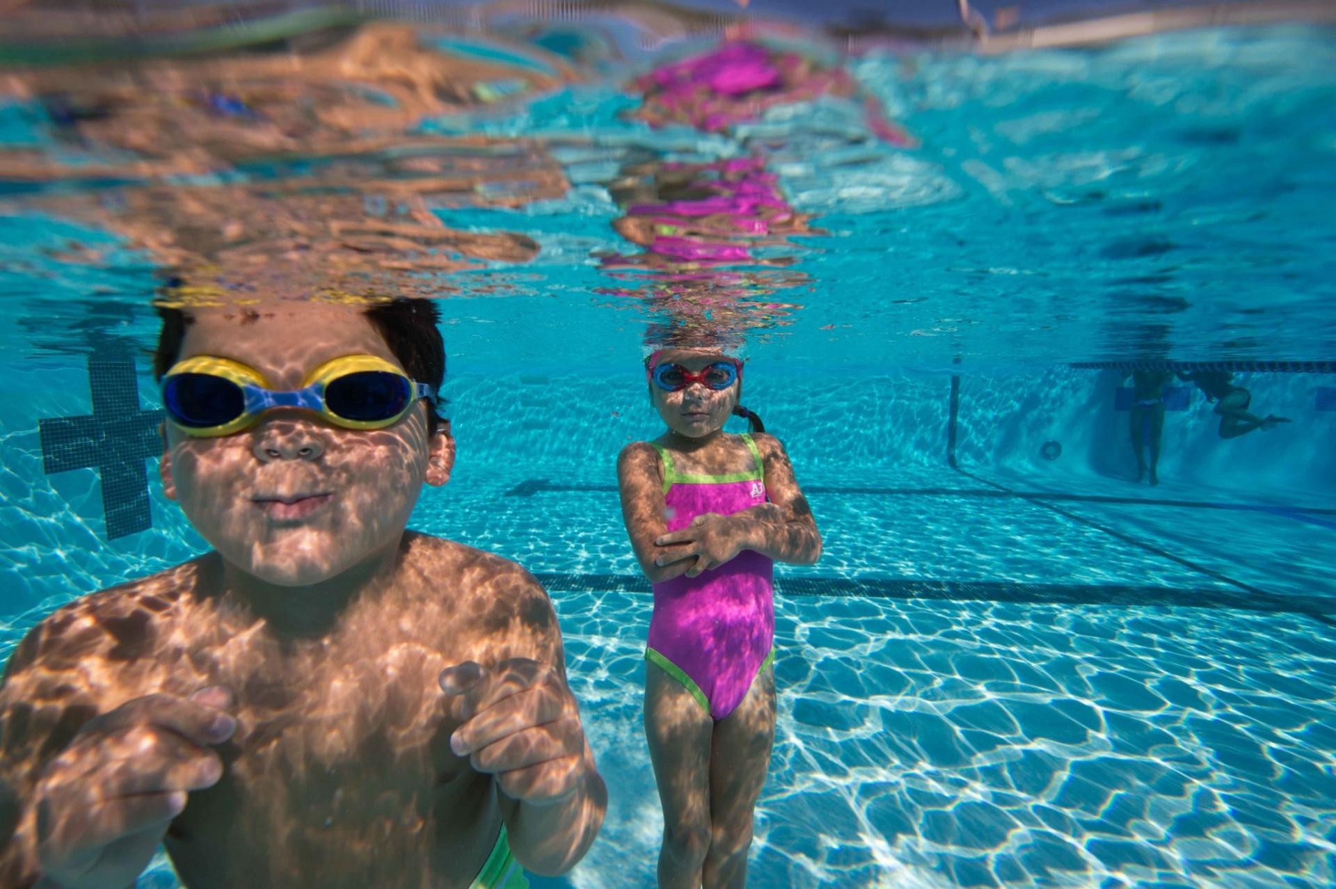 cách tập bơi cho bé