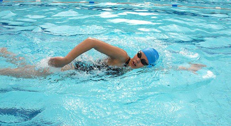 Bơi có giúp tăng chiều cao không?
