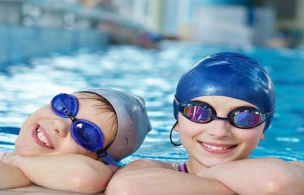Đi học bơi mặc đồ gì thuận tiện nhất?