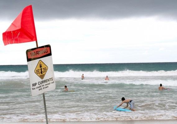 Dòng chảy xa bờ và sự nguy hiểm của nó