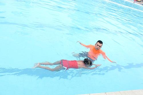 Hướng dẫn tập bơi cơ bản